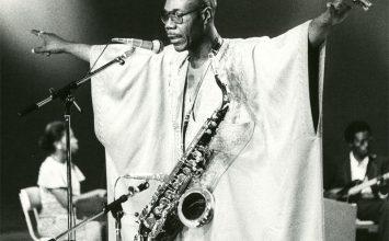 Makossa, rumba, etc… Manu Dibango ouvre le festival Au Fil des Voix
