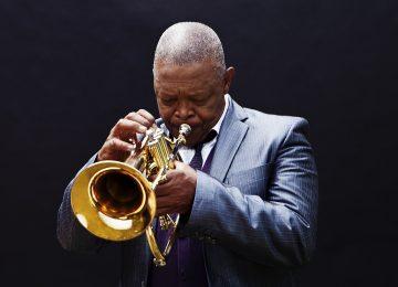 Hugh Masekela, géant du jazz sud-africain, s'est éteint
