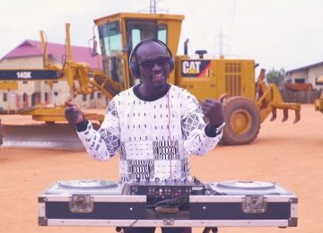 DJ Katapila revient avec un EP jouissif sur Awesome Tapes From Africa