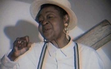 Calypso Rose rend hommage à Nat King Cole dans son nouveau clip