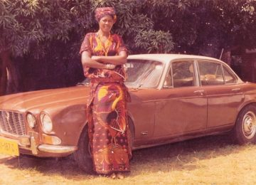 Stella Chiweshe: les premiers enregistrements de l'icône zimbabwéenne ressuscités par le label Glitterbeat