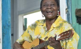 Calypso Rose reçoit le Grand Prix des Musiques du Monde de la SACEM