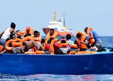 À travers les vagues : un morceau collectif au profit de SOS Méditerranée