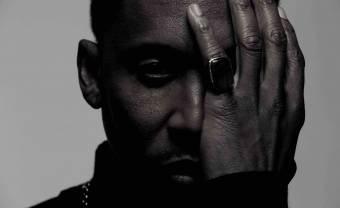 L'indémodable Raphael Saadiq dissipe les ténèbres avec un nouvel album lumineux