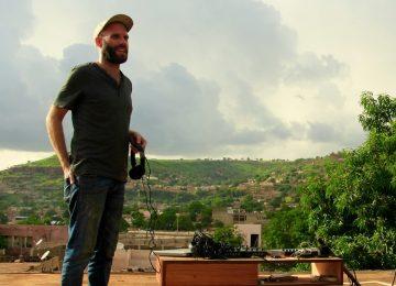 Praktika fait une halte au Mali et compose son nouvel EP Yakoi!?