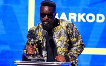 Sarkodie wins the maiden BET Award for Best International Flow