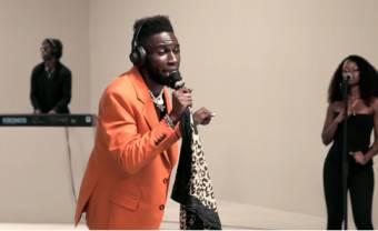 Kojey Radical voit les choses en grand pour sa session Colors