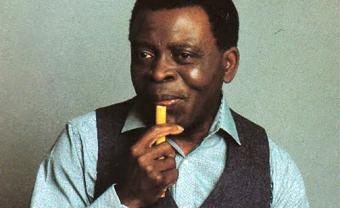 Flûtes, souffle de vie des Afriques