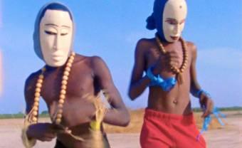 Le collectif Dandana dévoile son clip « Free The System »