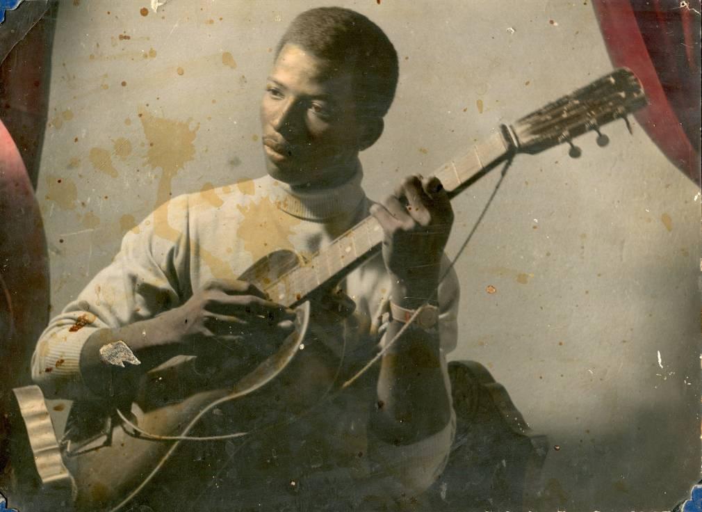 Habibi Funk réédite Sharhabil Ahmed, héros du swinging Khartoum