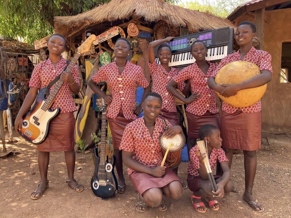 Au nord du Bénin, le Star Feminine Band fait école
