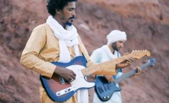 Le blues tamasheq d'Aratan N'Akalle sur « Bariz»