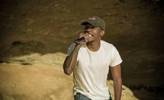 Muzi en live dans une grotte de la province de l'État libre en Afrique du Sud