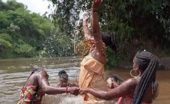 Les Mamans du Congo & Rrobin sortent le clip de « Ngaminké »