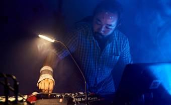 Le DJ japonais Scotch Egg devient Scotch Rolex chez Hakuna Kulala