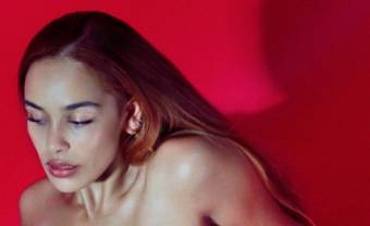 "Jorja Smith mourns lost love on ""Gone"""