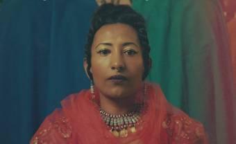 Alsarah & the Nubatones rendent hommage aux révolutionnaires avec « Men Ana »