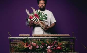Amaro Freitas invite en son jazz les héros du Brésil noir