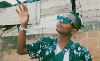 Le rappeur ivoirien Lesky dévoile un premier album avec Jok'air, Le Juiice et Widgunz
