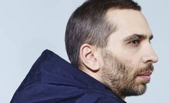 Poirier boucle son projet Soft Power avec un EP de remixes